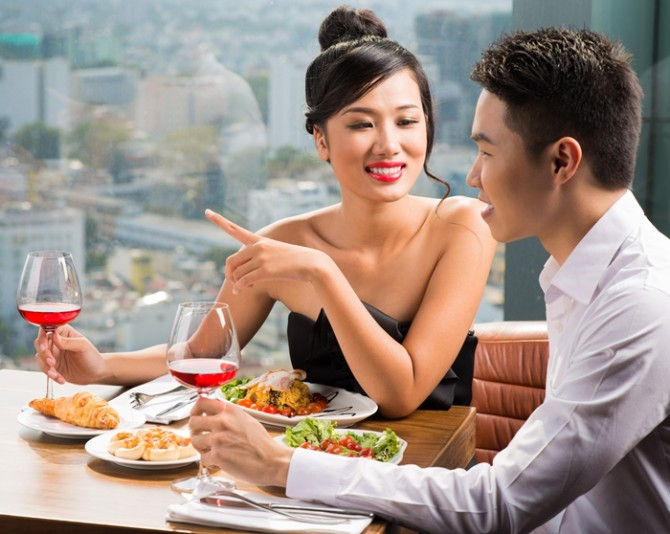 Singapore dating tips