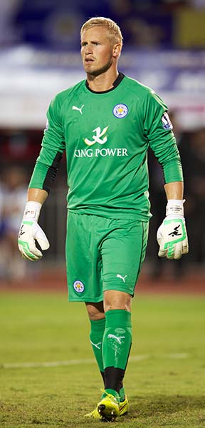 Can the son of legendary Manchester Utd goalkeeper Peter Schmeichel, Kasper, keep another clean sheet to help the Foxes stay up? Photo: mooinblack / Shutterstock.com