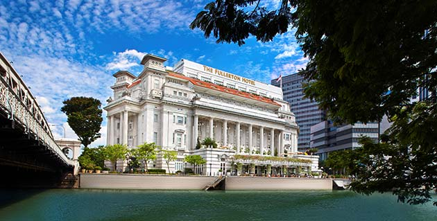 Hotels such as The Fullerton Hotel are offering staycations over the F1 weekend, some of which you can bag at discounted rates (Photo: The Fullerton Hotel)