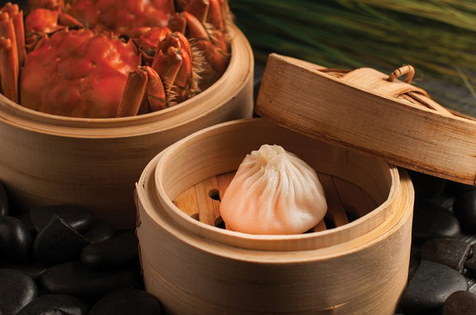 Crystal Jade Hairy crab promotion - Steamed Hairy crab xiao long bao