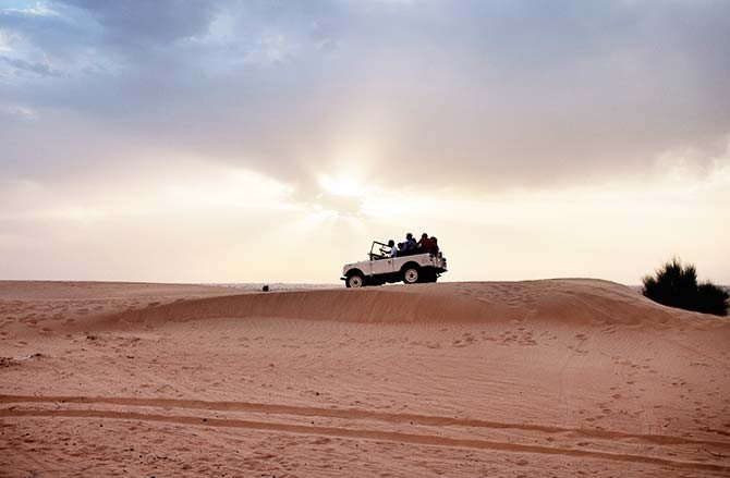 #139_travel_Sports-and-Adrenaline---Dune-bashing-r