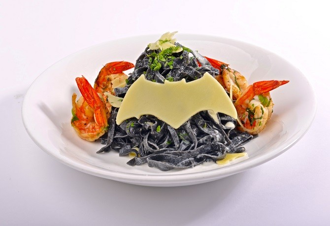 DC COMICS SUPER HEROES CAFE - Batman's Truffle Pasta