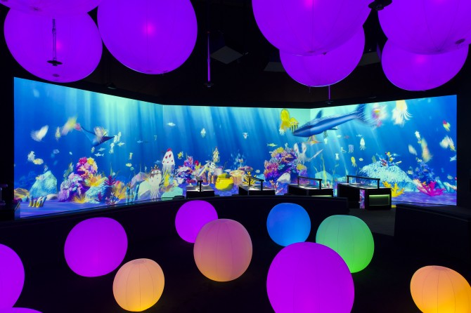Sketch Aquarium & Light Ball Orchestra - Future World at ArtScience Museum (Credit to Marina Bay Sands)