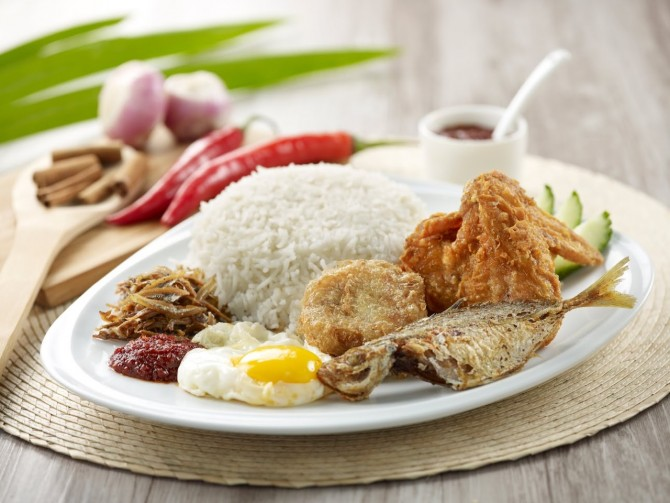 CRAVE brings the Original Adam Rd Nasi Lemak by Selera Rasa nearer to everyone
