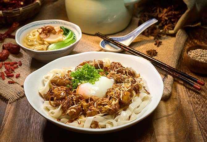 #154_food_Chef's-Specialty-Heritage-Rickshaw-Noodles---Father's-Day-Special-at-Edge