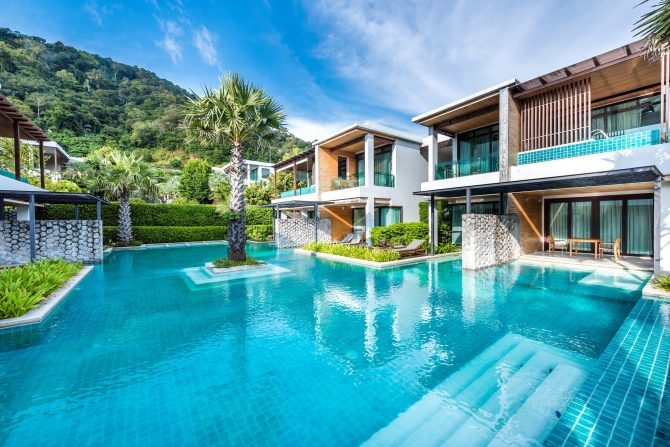 wyndham-sea-pearl-phuket-2016-pool-access-rooms-pool-32
