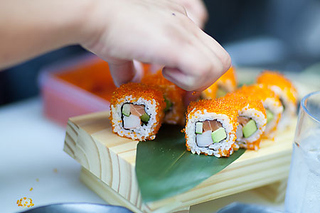 sushi bar where japanese affordable restaurant dining eatery cosy review
