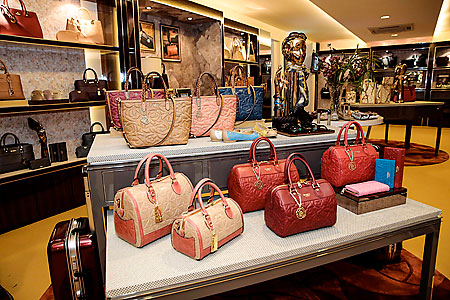 The Bonia store has a wide range of bags and other goods
