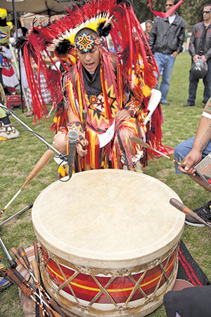 Rhythms of ancient drums carry on the heritage Photo: Jose Gil / Shutterstock.com