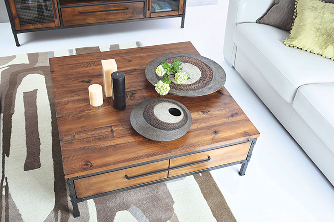 Picket Rail S Chicago Square Centre Table Is Constructed From Rugged American Poplar Wood With Metal Accents