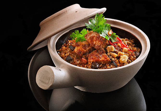Claypot Rice with 5 Spice Pork