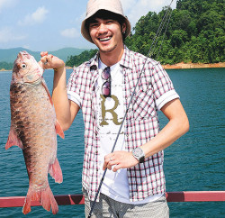 #94_travel_malaysia_fish-cover