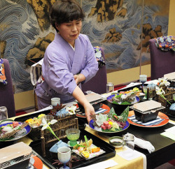Onsen Extravagance Visiting an onsen usually includes the dining experience with the freshest local ingredients.