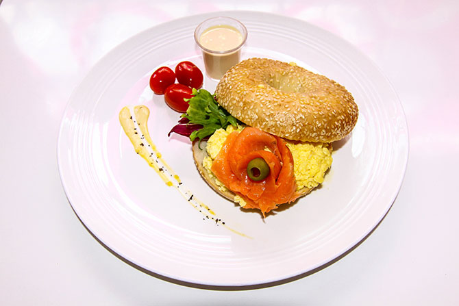 #99_food_Salmon-Bagel