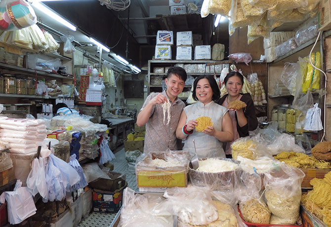 Michelle Loo (middle) with Chef Brandon Foo (left) and Thai Chef Duangporn Songvisava in Hong Kong