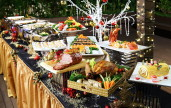 Delightful Christmas buffet brought to your doorstep by Sakura Forte