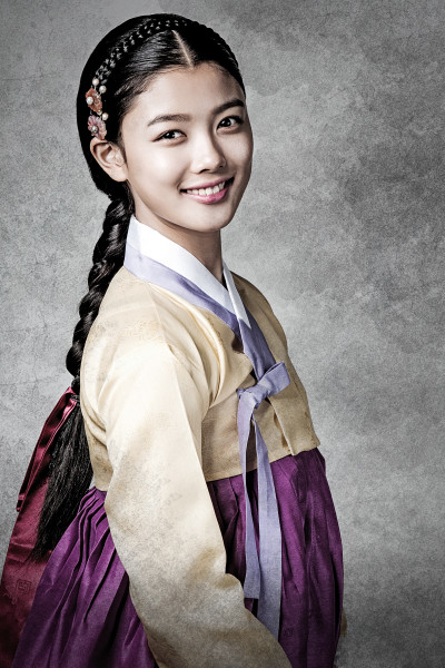 With her fresh face and cute demeanour, Kim is in high demand in Korean films and dramas