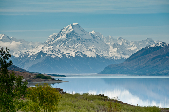 Lake Pukaki, with Aoraki Mt Cook in the horizon, was the prime setting of Lake-town in The Hobbit: The Desolation of Smaug.