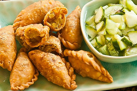 Curry puff word of mouth best locations singapore dining where hawker food stall find local snack