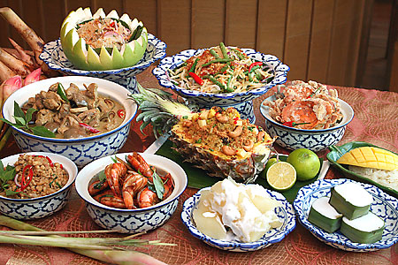 Grand Mercure Roxy thai dishes restaurant buffet dining cuisine complimentary new latest thailand