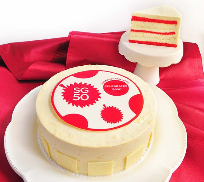 #132_food_Goodwood-Park-Hotel---SG50-Red-and-White-Durian-Mousse-Cake