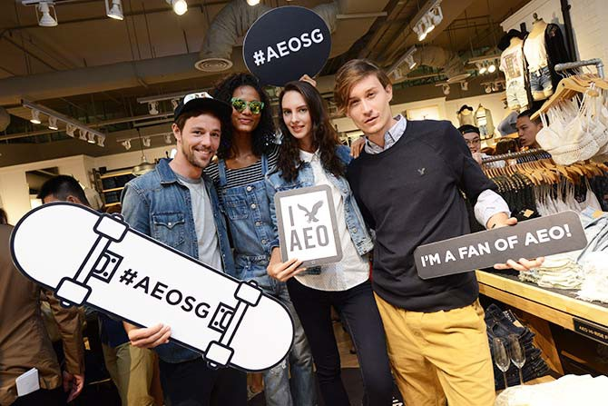 AEO's models were on hand to take selfies with guests