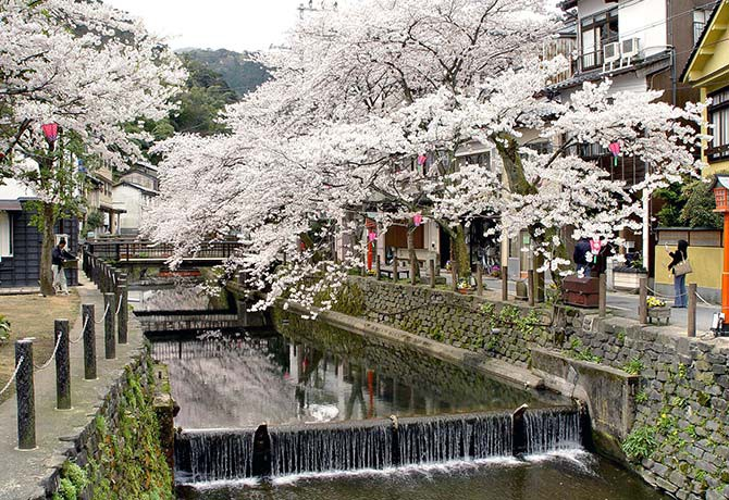 You'll be forgiven for thinking you've travelled back in time at Kinosaki Onsen in Hyogo