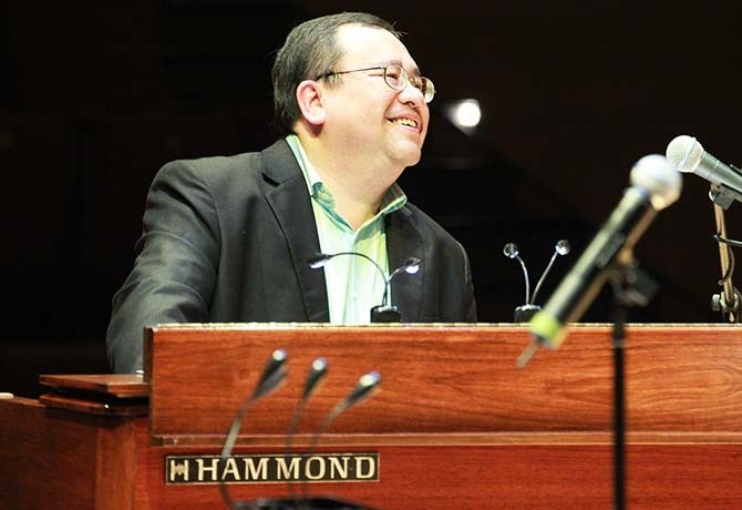 Jeremy has enraptured audiences around the world with his feel-good jazz tunes.