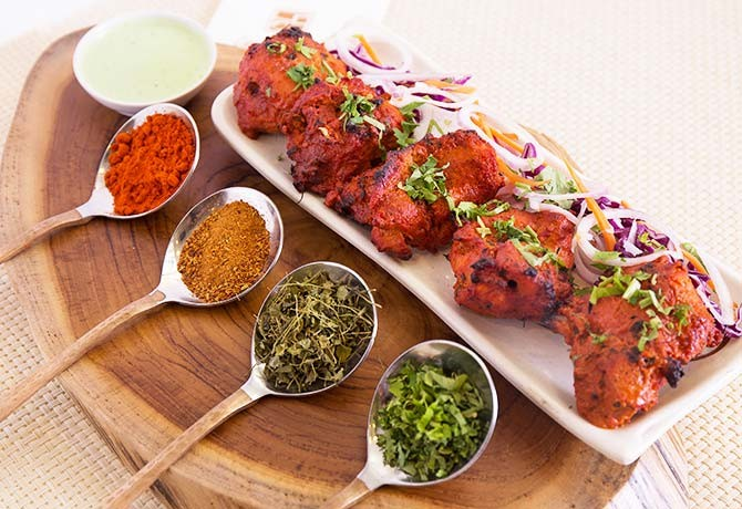 The Chicken Tikka is simply seasoned but flavourful.