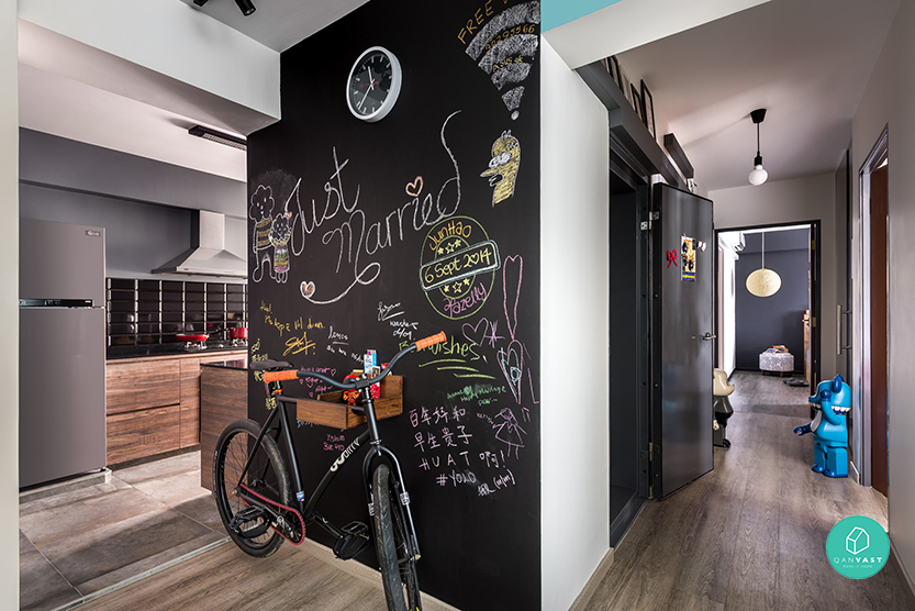 D5-Studio-Image-Upper-Serangoon-Chalk-Wall-Hallway