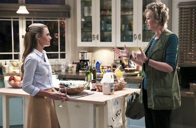 """""""Family Business"""" -- Pictured: Maggie Lawson (Allison) and Jane Lynch (Amy). When Marv balks at allowing Allison to make some changes to their joint dermatology practice, Amy creates a temporary position for herself in order to help them work things out, on ANGEL FROM HELL, Thursday, Jan. 28 (9:30-10:00 PM, ET/PT) on the CBS Television Network. Photo: Michael Yarish/CBS ©2016 CBS Broadcasting, Inc. All Rights Reserved."""