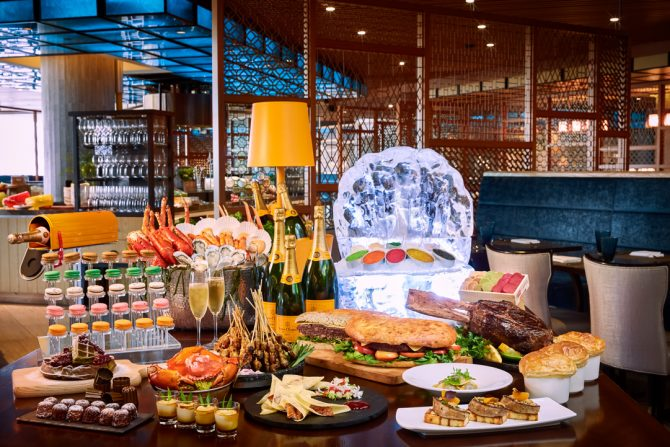 A Theatrical Sunday Champagne Brunch at Edge