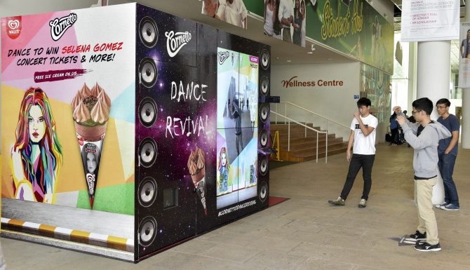 Fans trying out the Cornetto Dance Revival Machine