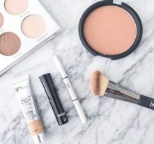 Here's What You Should Be Buying From It Cosmetics