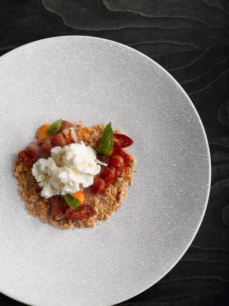 red-prawn-tartare-and-tomatoes