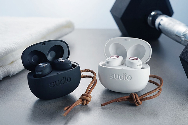The 6 Coolest True Wireless Earbuds Of 2019 Page 6 Of 6 Weekender Com Sg